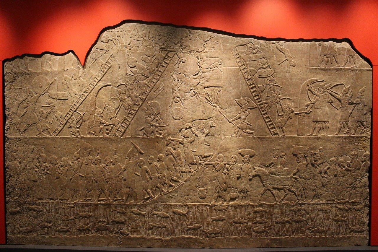 【宇宙人】アヌンナキとレプティリアン 人類は宇宙人によって作られた?