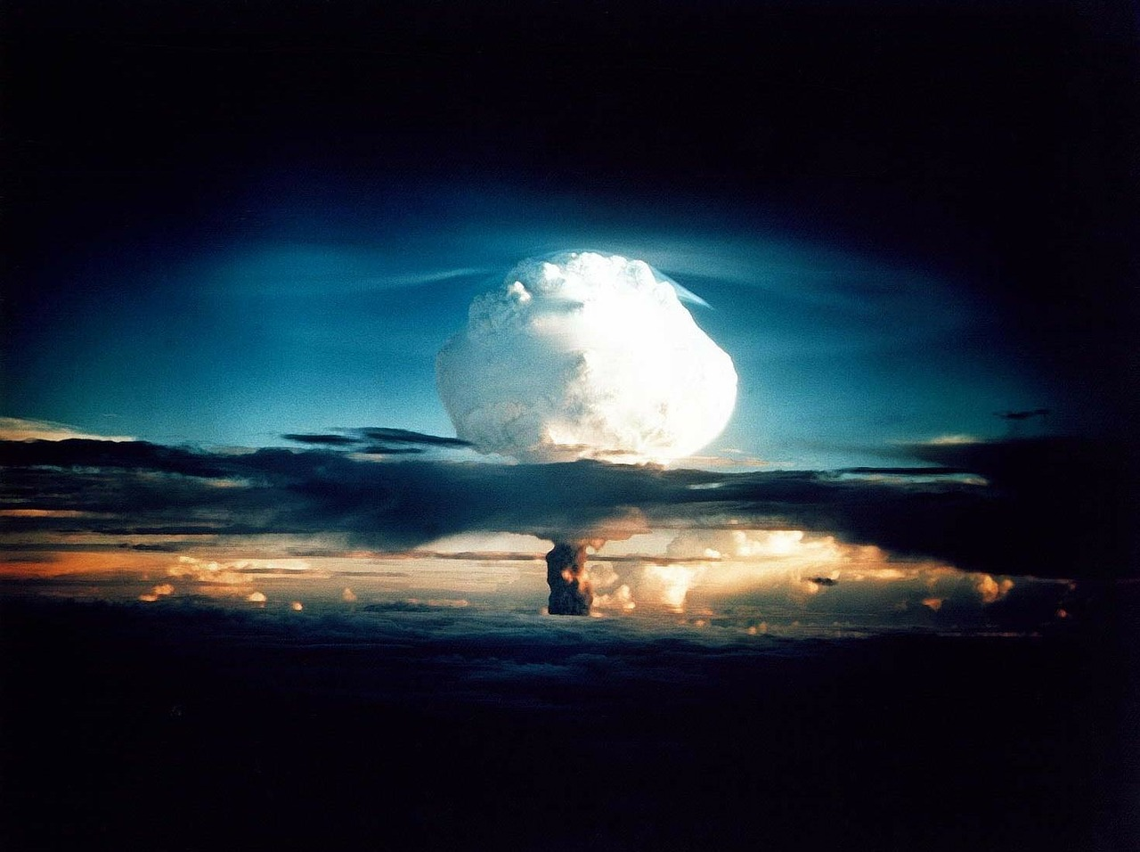原子爆弾ってなに?原子爆弾はどうやって作られたのか?
