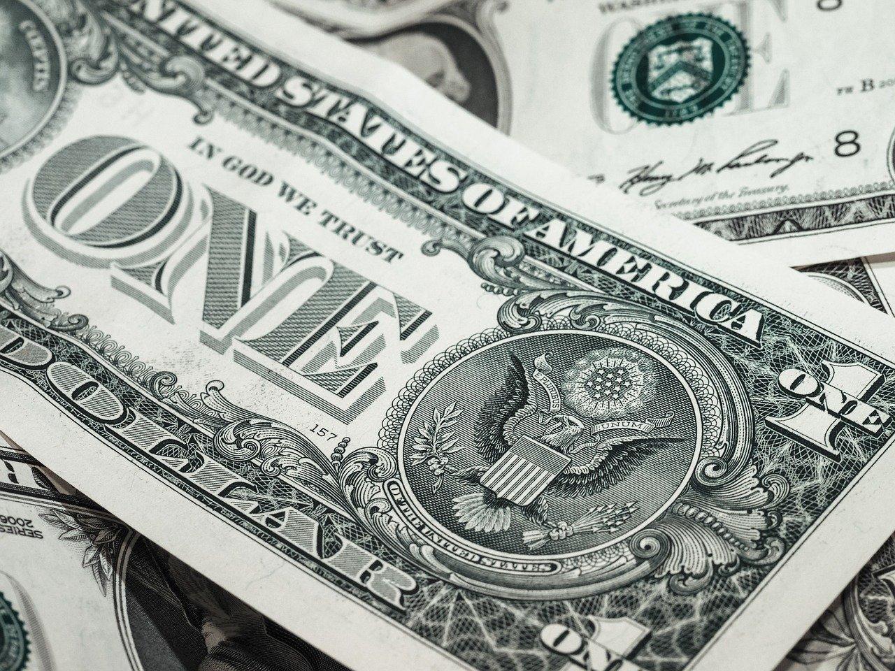 お金とは何か?お金を支配するものが世界を支配する
